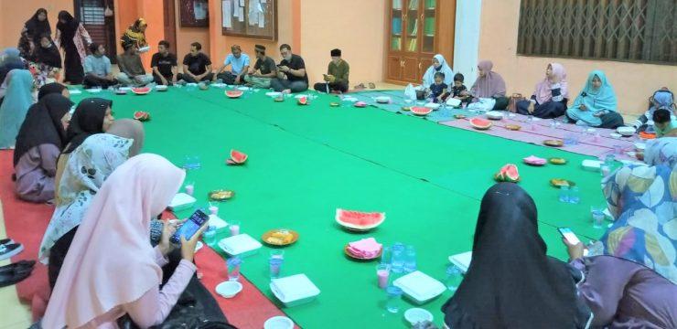 Buka Puasa Bersama Civitas Akademika STKIP Bina Bangsa Meulaboh